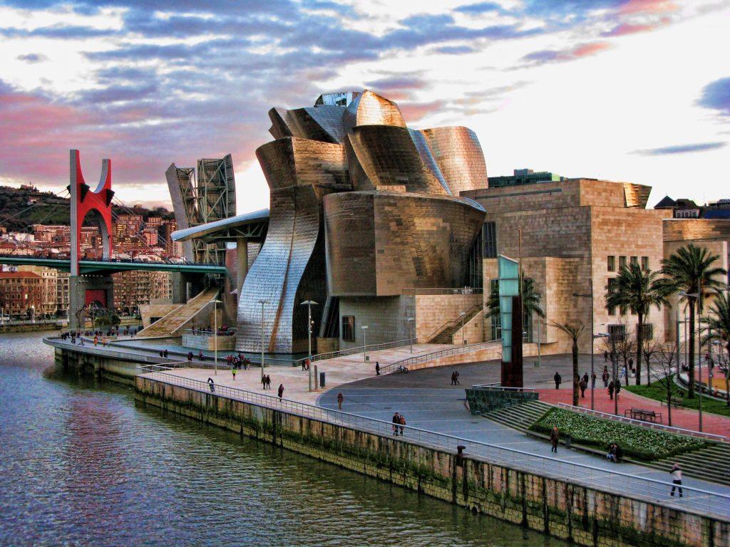 Abogados en Madrid y Abogados en Bilbao